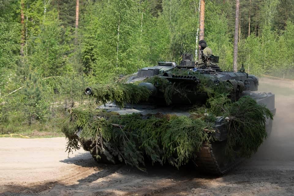 Armée Finlandaise / Finnish Defence Forces / puolustusvoimat - Page 10 _12c110