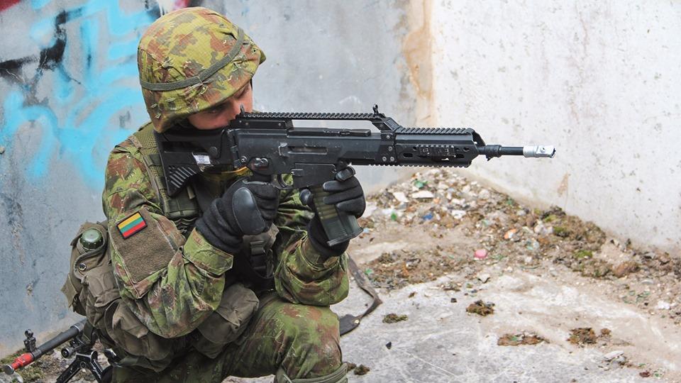 Armée lituanienne/Lithuanian Armed Forces - Page 6 _12c114