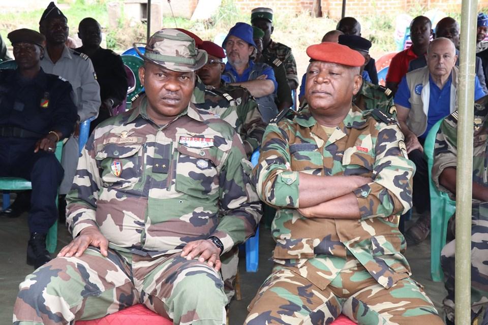 Armées de la République centrafricaine  - Page 9 _12c159