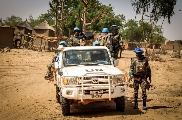 Armée Sénégalaise - Page 10 _12c166