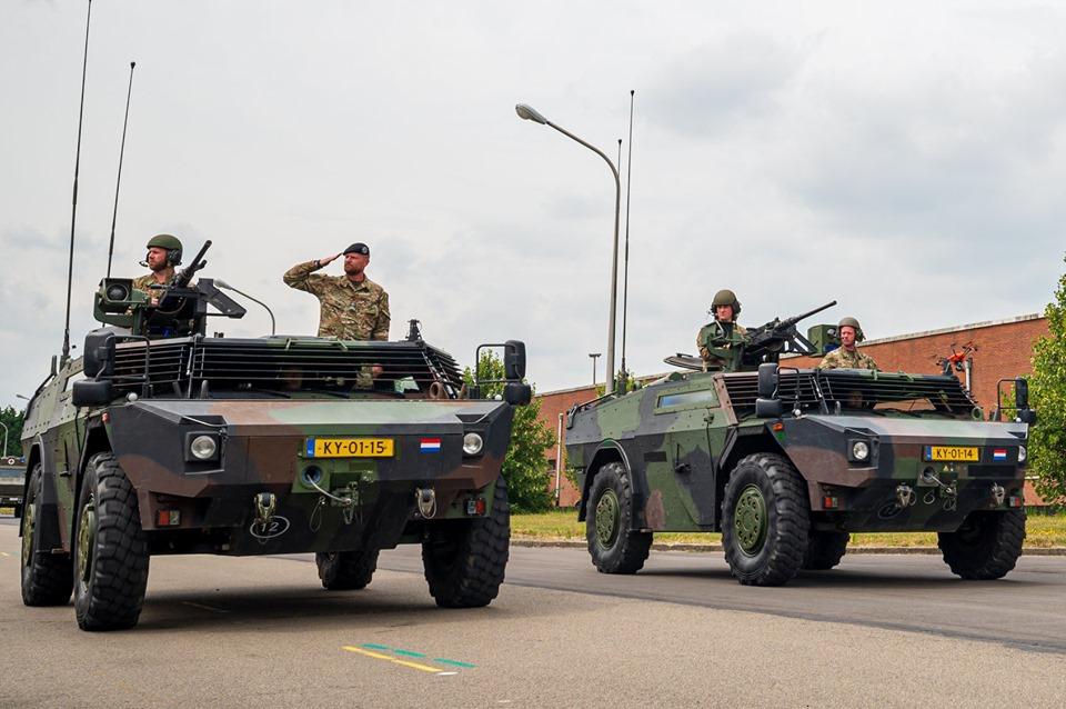 Armée Belge / Defensie van België / Belgian Army  - Page 21 _12c168
