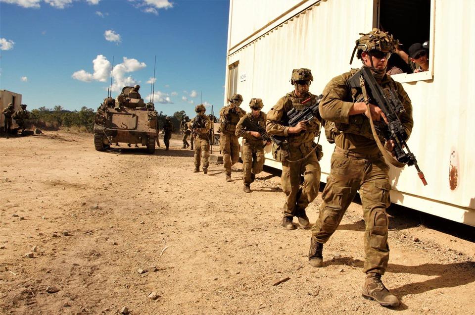 Armée Australienne/Australian Defence Force (ADF) - Page 5 _12c184