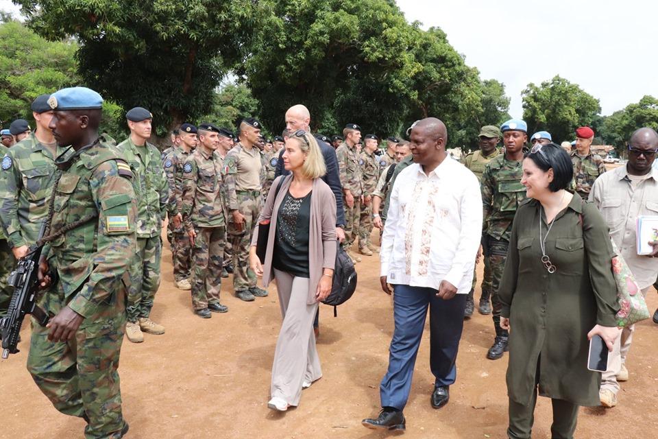 Armées de la République centrafricaine  - Page 9 _12c253