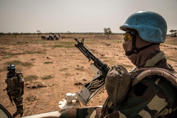 Armée Sénégalaise - Page 10 _12c255
