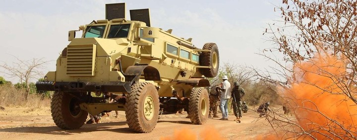 Armée Malienne / Armed and Security Forces of Mali - Page 15 _12c30
