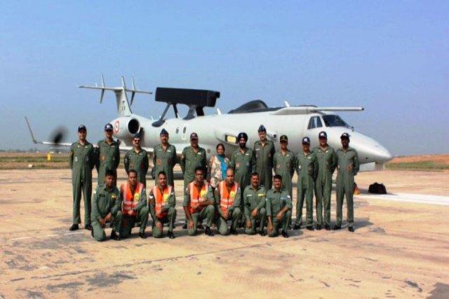 Armée Indienne / Indian Armed Forces - Page 26 _12d1100