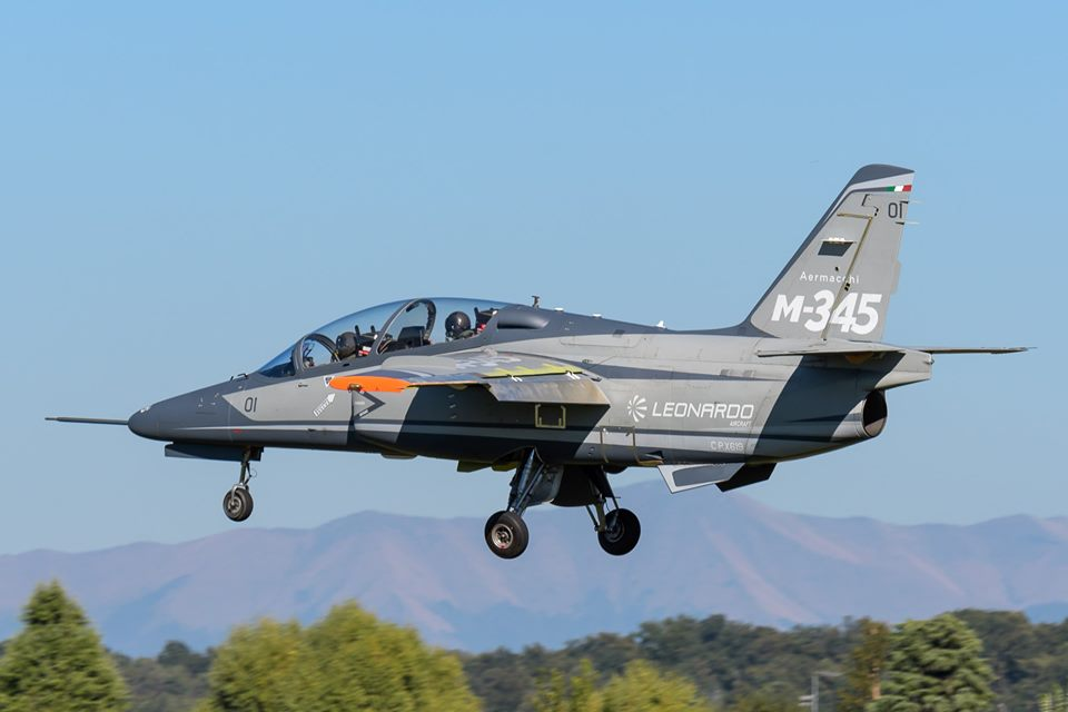 Aermacchi M-345HET (Trainer High Efficiency)  _12d14