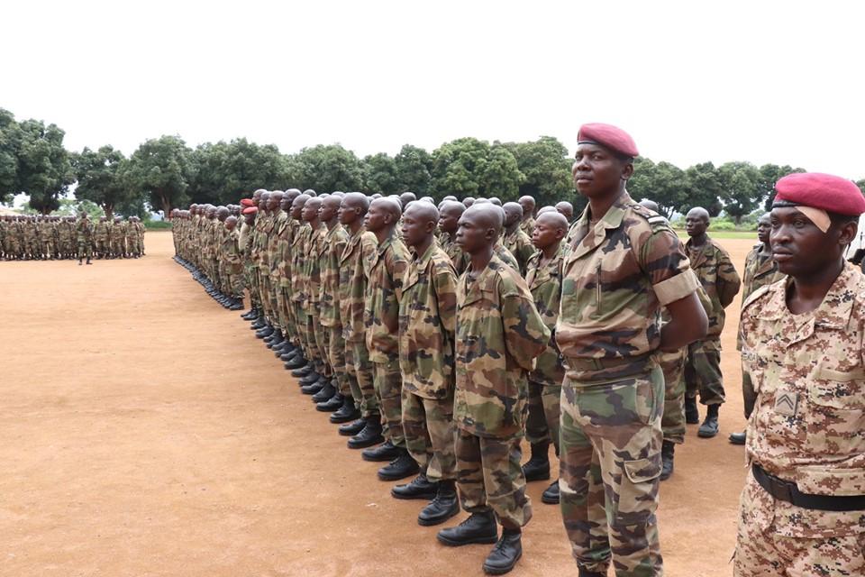 Armées de la République centrafricaine  - Page 9 _12d145