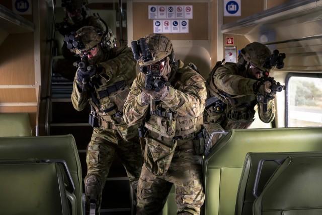 Armée Australienne/Australian Defence Force (ADF) - Page 5 _12d158