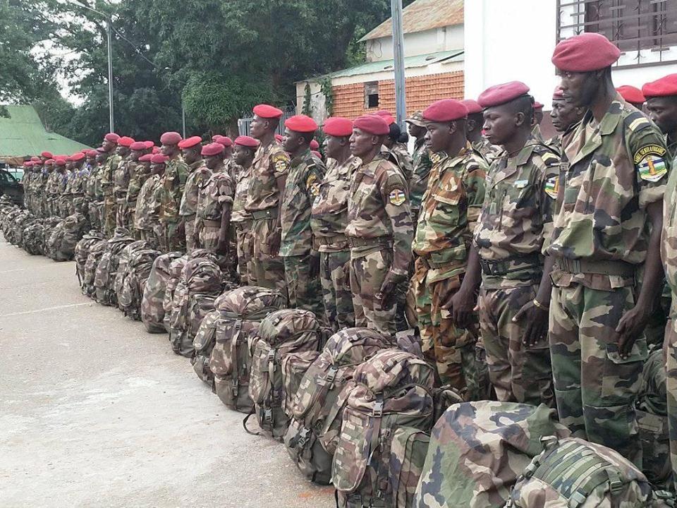 Armées de la République centrafricaine  - Page 9 _12d167