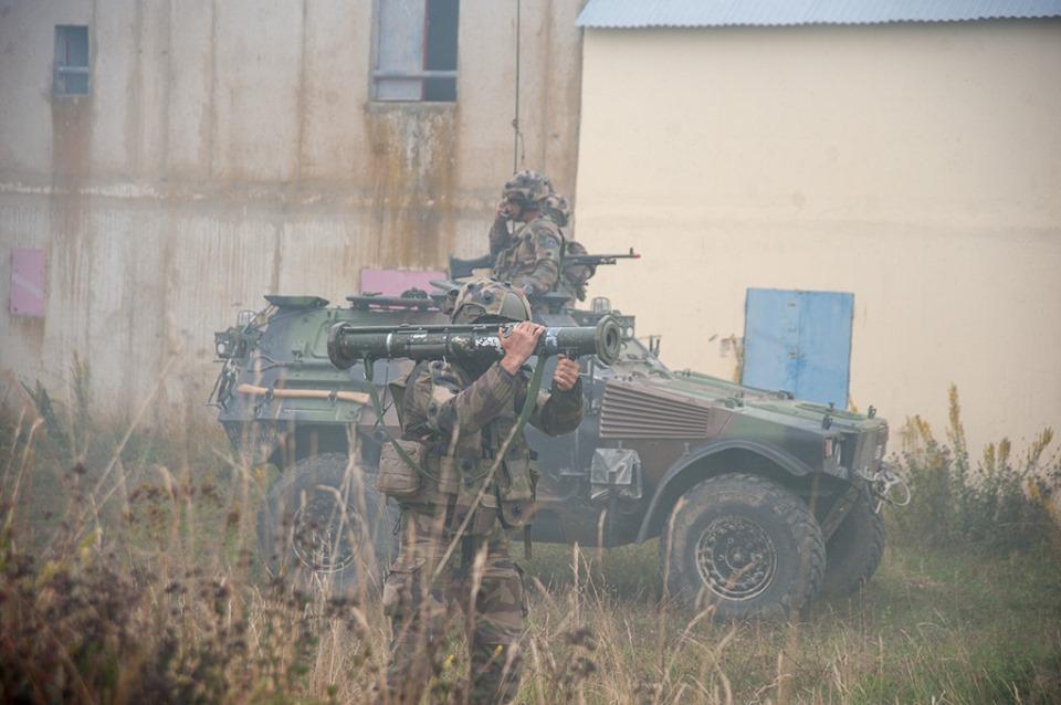 Armée Française / French Armed Forces - Page 12 _12d2101