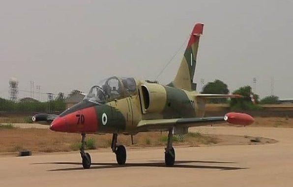 Armée Nigériane / Nigerian Armed Forces - Page 14 _12d212