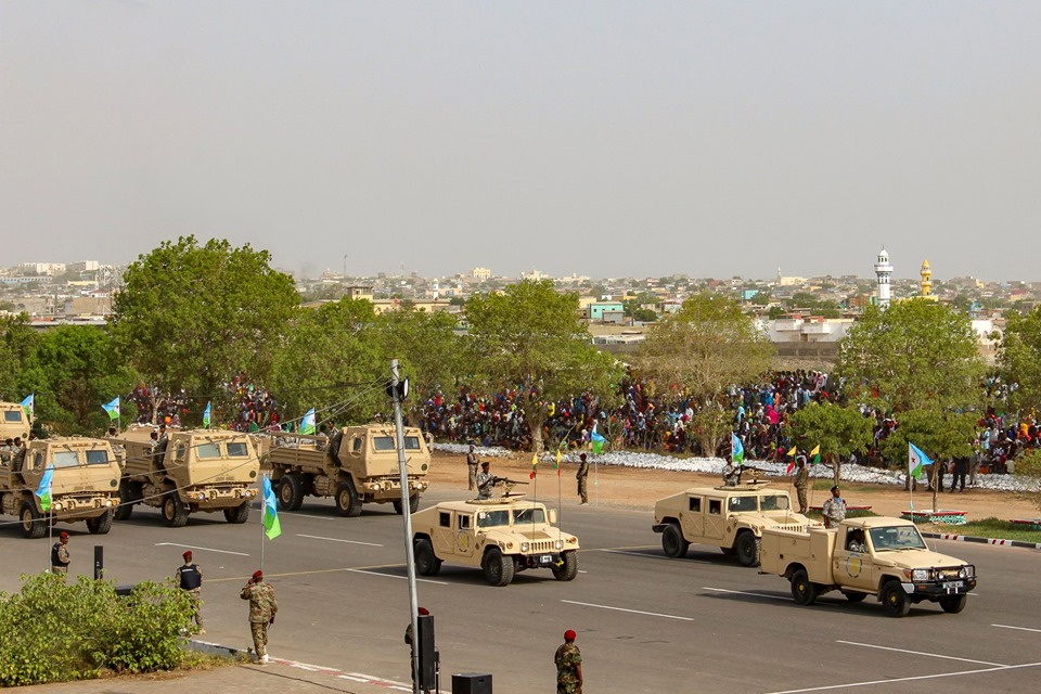 Armée djiboutienne / Djibouti National Army - Page 4 _12d217