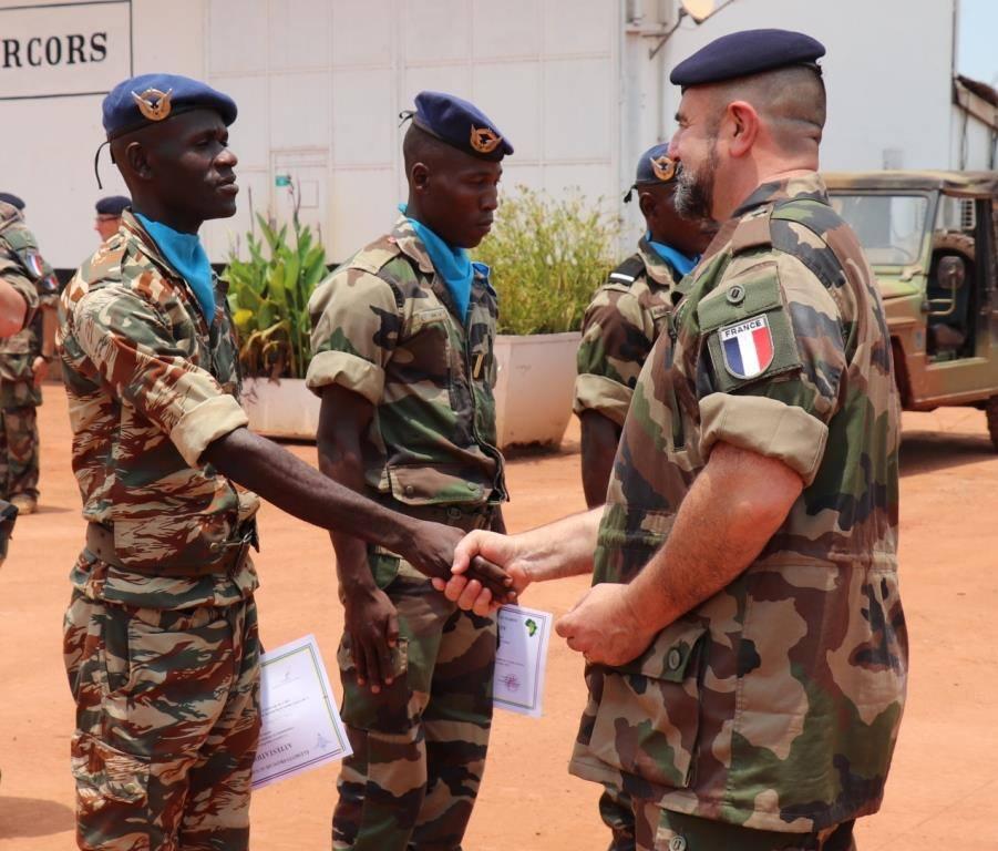Armées de la République centrafricaine  - Page 9 _12d258