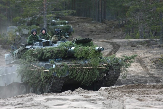 Armée Finlandaise / Finnish Defence Forces / puolustusvoimat - Page 10 _12d79