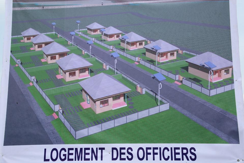 Armées de la République centrafricaine  - Page 9 _12d93