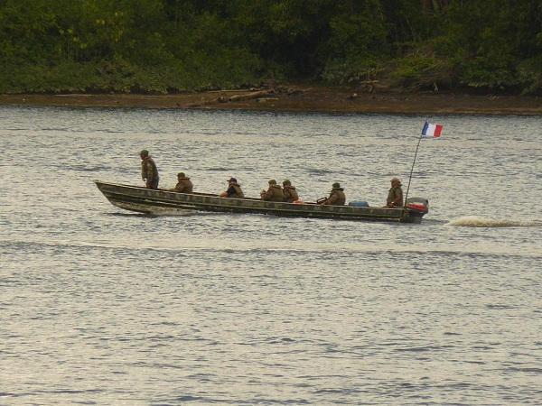 Armée Française / French Armed Forces - Page 13 _12e101