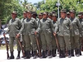Forces armées d'Haïti (FADH) / Armed Forces of Haiti _12e152