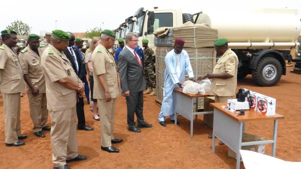 Forces Armées Nigeriennes / Niger Armed Forces ( FAN ) - Page 2 _12e24