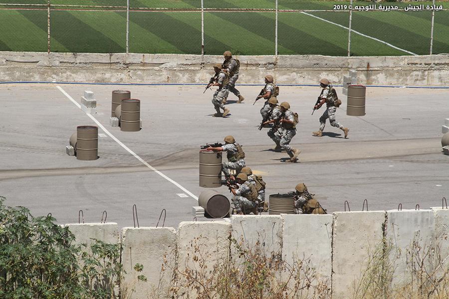 Armée Libanaise / Lebanese Armed Forces (LAF) / القوات المسلحة اللبنانية - Page 22 _12e250
