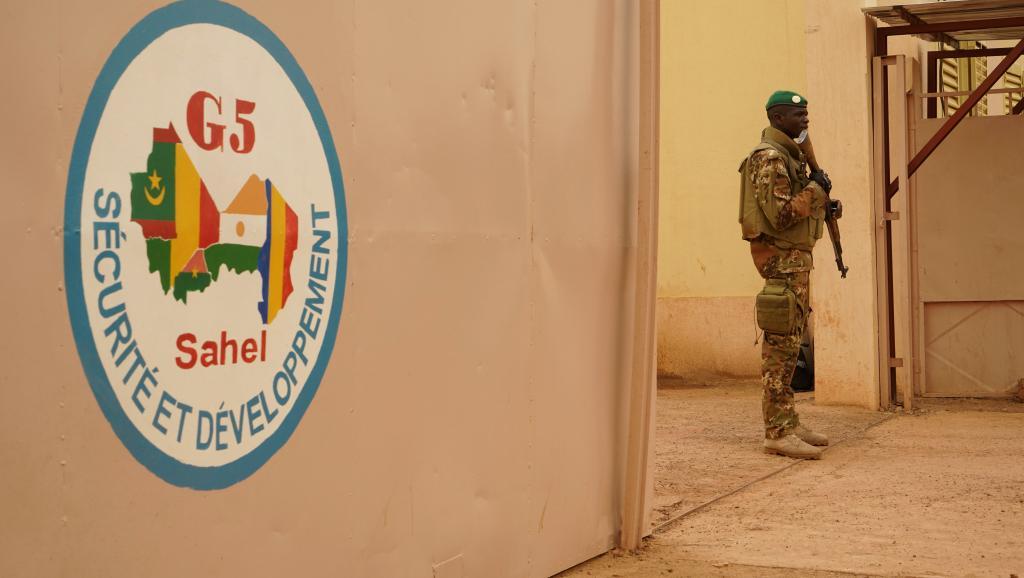 le Sahel zone de non-droit - Page 28 _12e29
