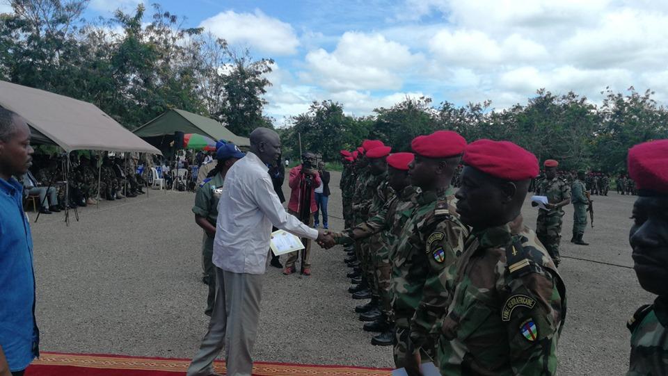 Armées de la République centrafricaine  - Page 10 _12e322