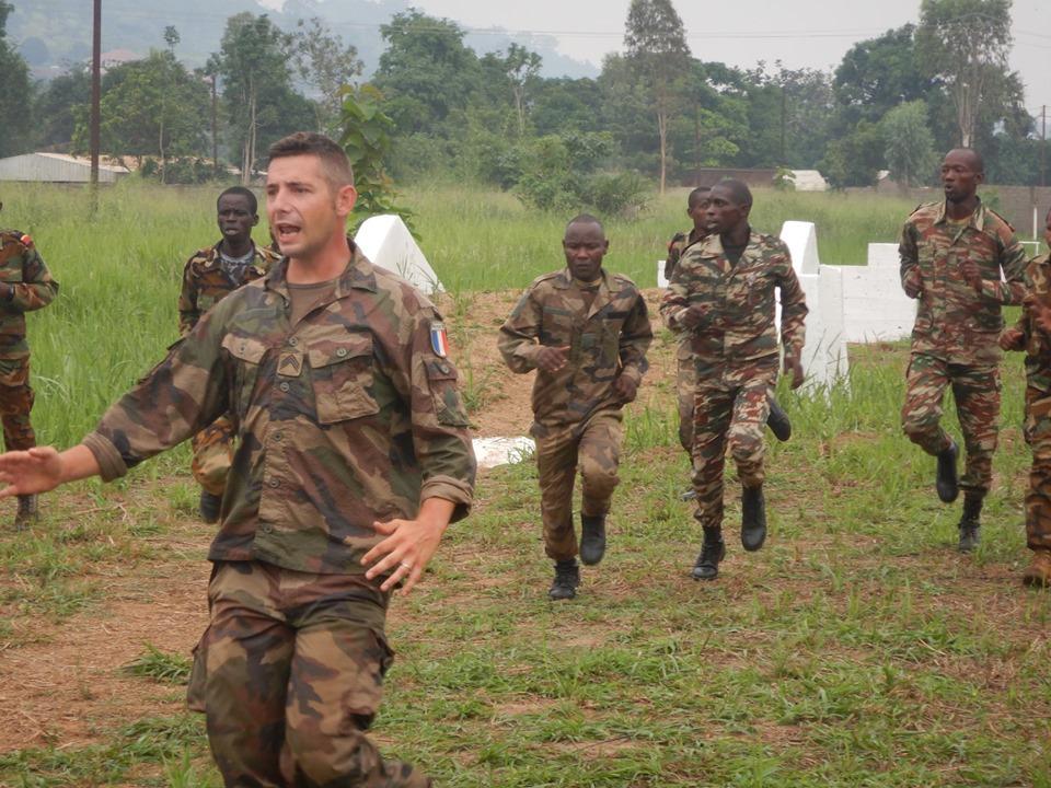 Armées de la République centrafricaine  - Page 9 _12e34