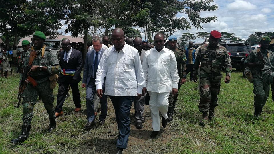 Armées de la République centrafricaine  - Page 10 _12e423