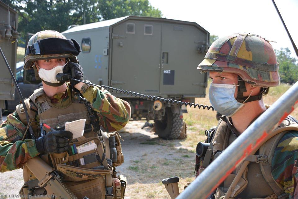 Armée Belge / Defensie van België / Belgian Army  - Page 24 _12f1072