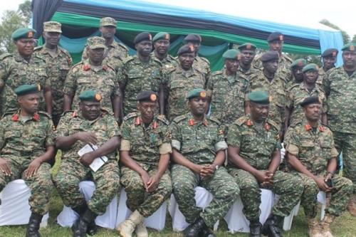 Armée Ougandaise/Uganda Peoples Defence Force (UPDF) - Page 5 _12f1104