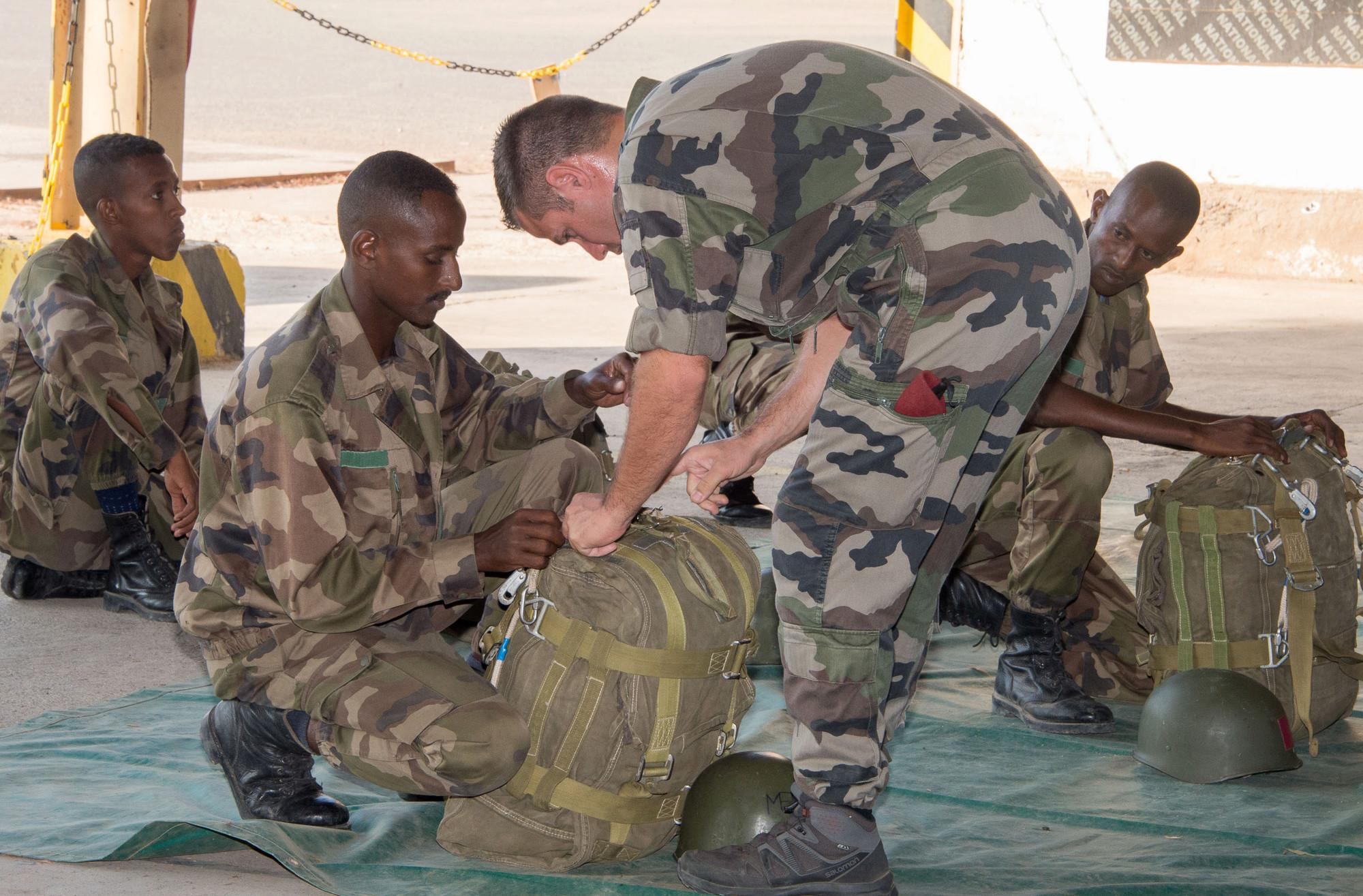 Armée djiboutienne / Djibouti National Army - Page 4 _12f1106