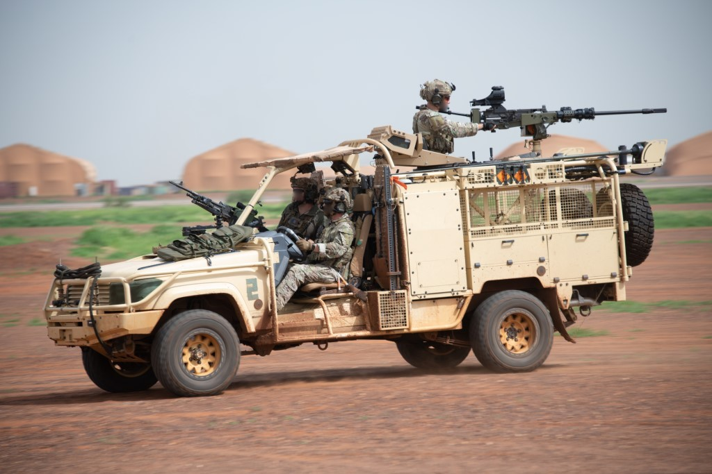 Intervention militaire au Mali - Opération Serval - Page 24 _12f1169