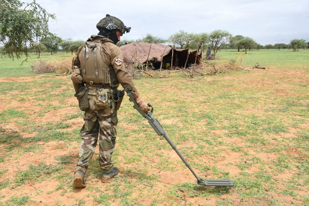 Intervention militaire au Mali - Opération Serval - Page 24 _12f1309