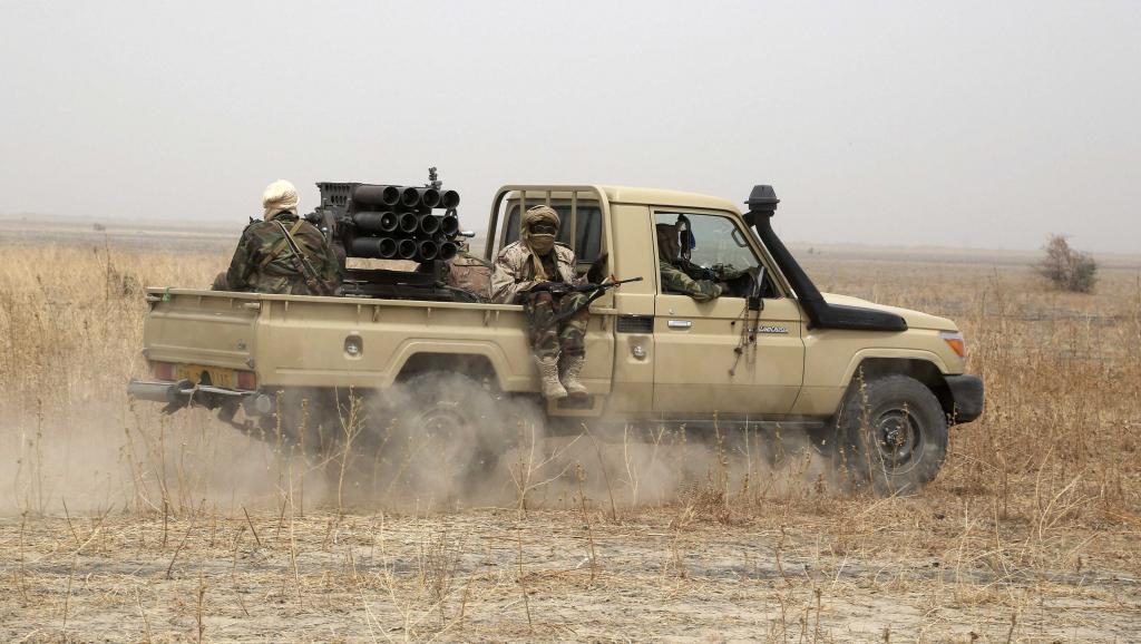 Armée Tchadienne - Page 7 _12f158