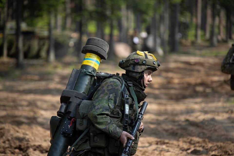 Armée Finlandaise / Finnish Defence Forces / puolustusvoimat - Page 10 _12f17
