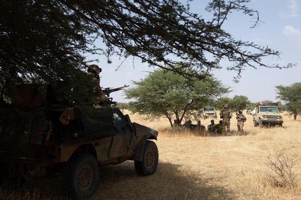 le Sahel zone de non-droit - Page 29 _12f187