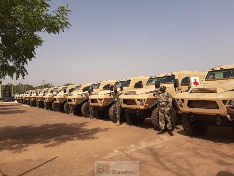 Armée Malienne / Armed and Security Forces of Mali - Page 15 _12f2133