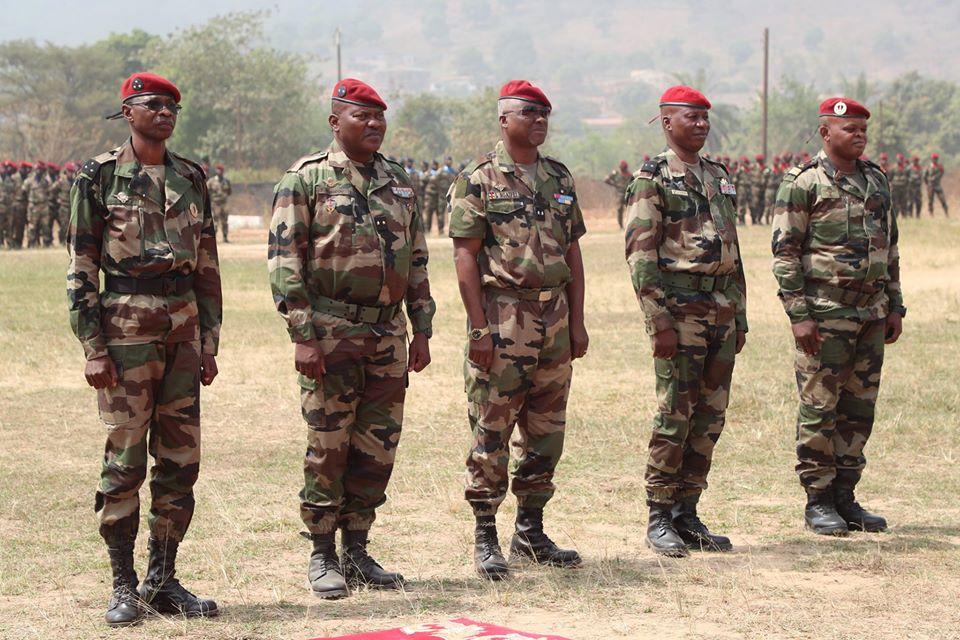 Armées de la République centrafricaine  - Page 10 _12f2141