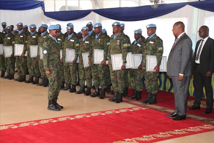 Intervention militaire en Centrafrique - Opération Sangaris - Page 43 _12f2203