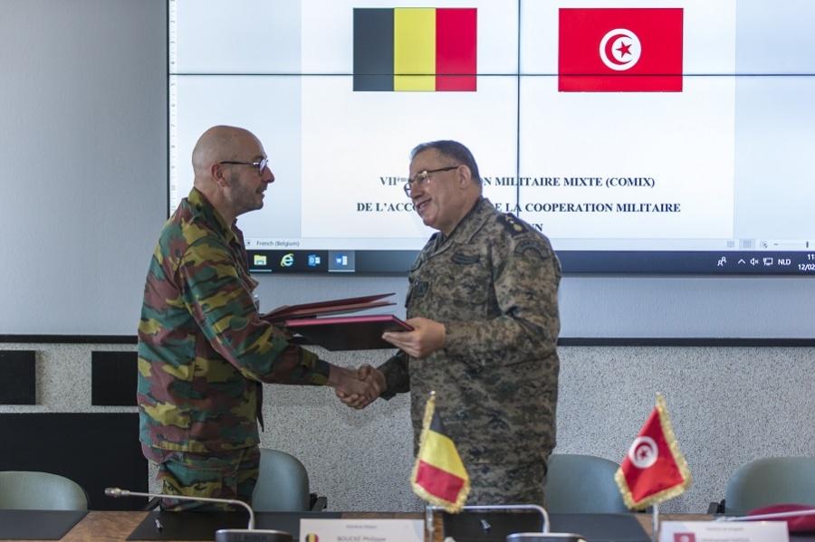 Armée Tunisienne / Tunisian Armed Forces / القوات المسلحة التونسية - Page 17 _12f2207