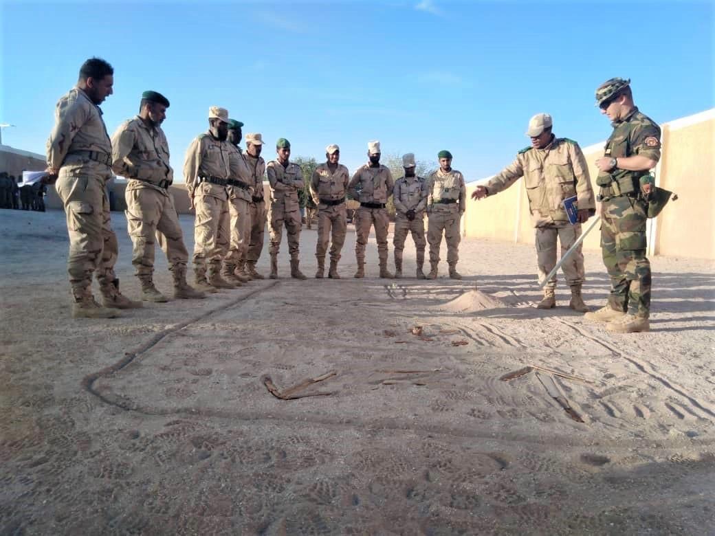 Armée Mauritanienne - Page 12 _12f2213