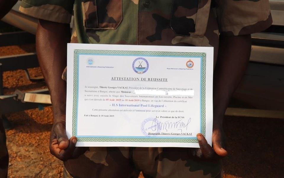 Armées de la République centrafricaine  - Page 9 _12f225