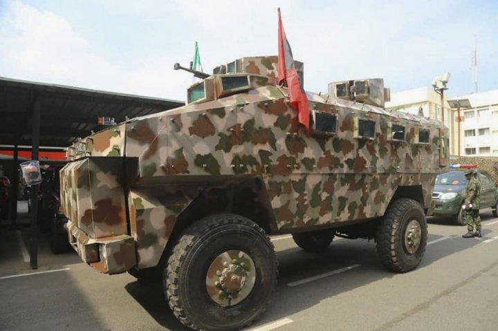 Armée Nigériane / Nigerian Armed Forces - Page 14 _12f280