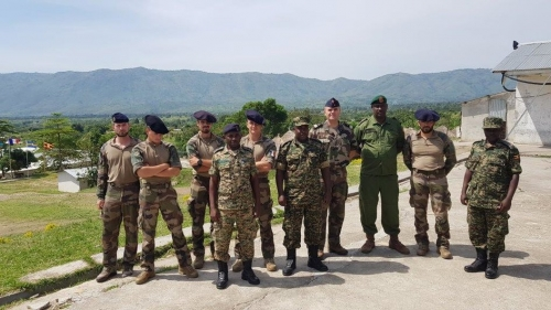 Armée Ougandaise/Uganda Peoples Defence Force (UPDF) - Page 5 _12f282