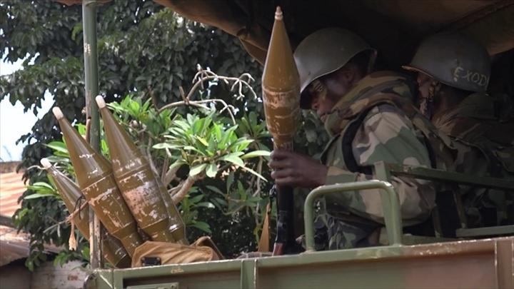 Intervention militaire en Centrafrique - Opération Sangaris - Page 3 _12f293