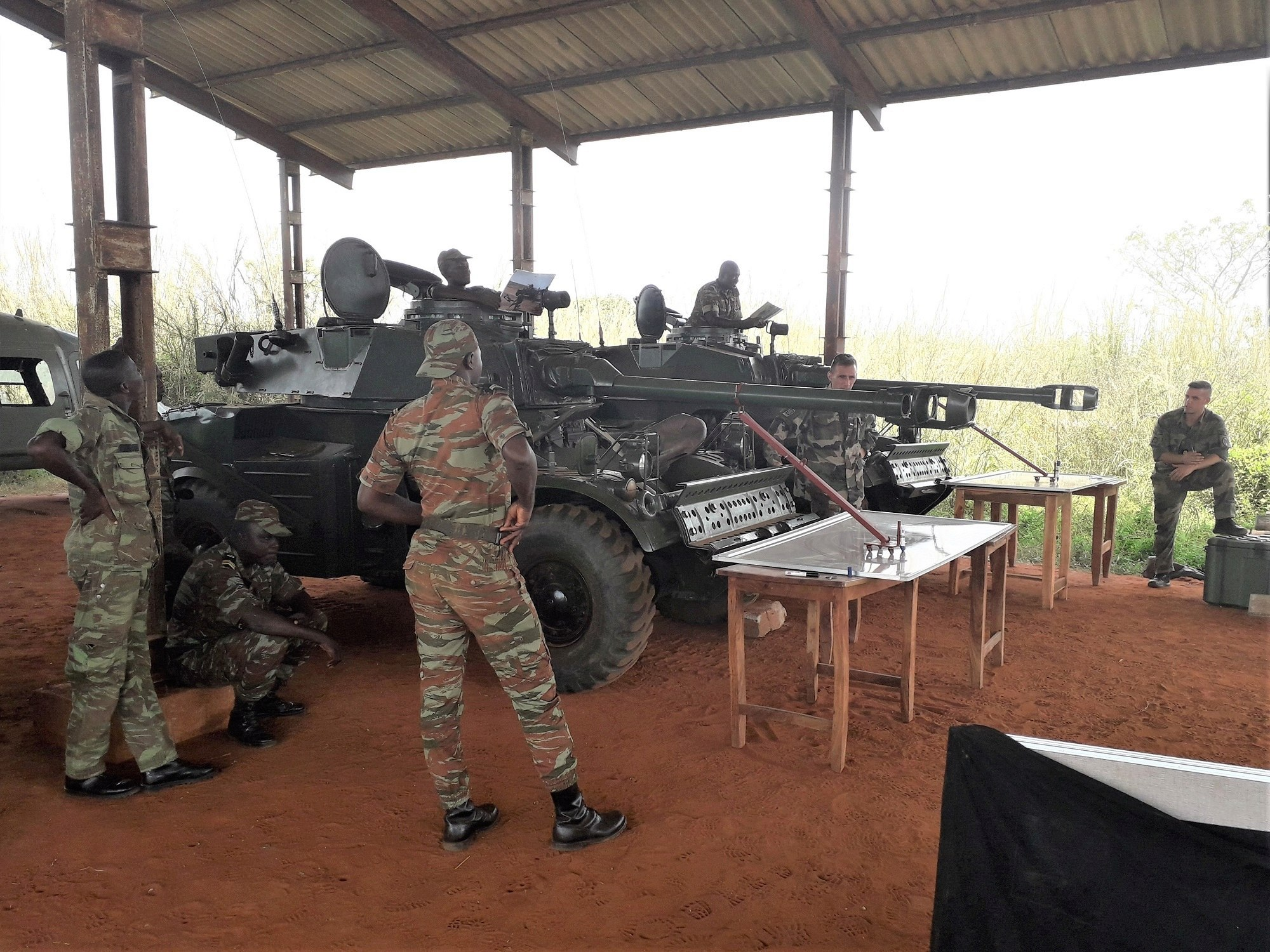 L'Armée du Bénin - Page 2 _12f2a83