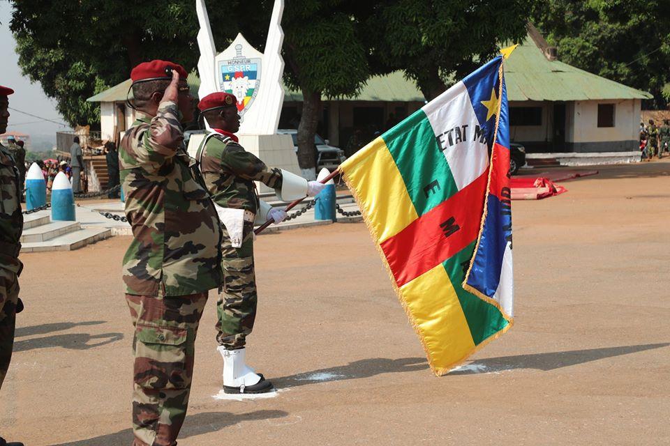 Armées de la République centrafricaine  - Page 10 _12f3105