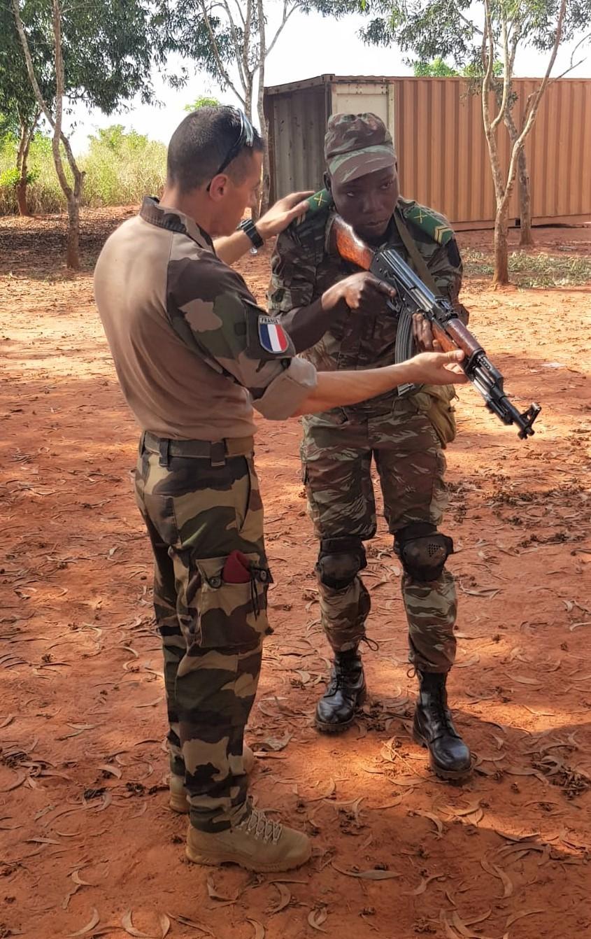 L'Armée du Bénin - Page 2 _12f3161