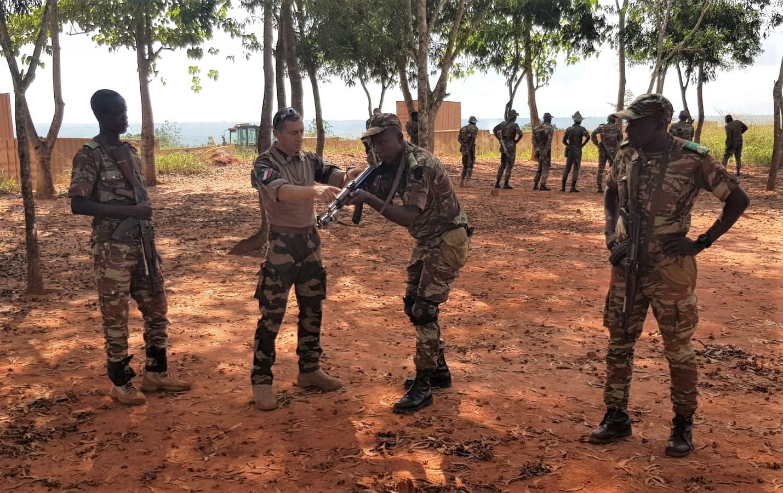 L'Armée du Bénin - Page 2 _12f3163