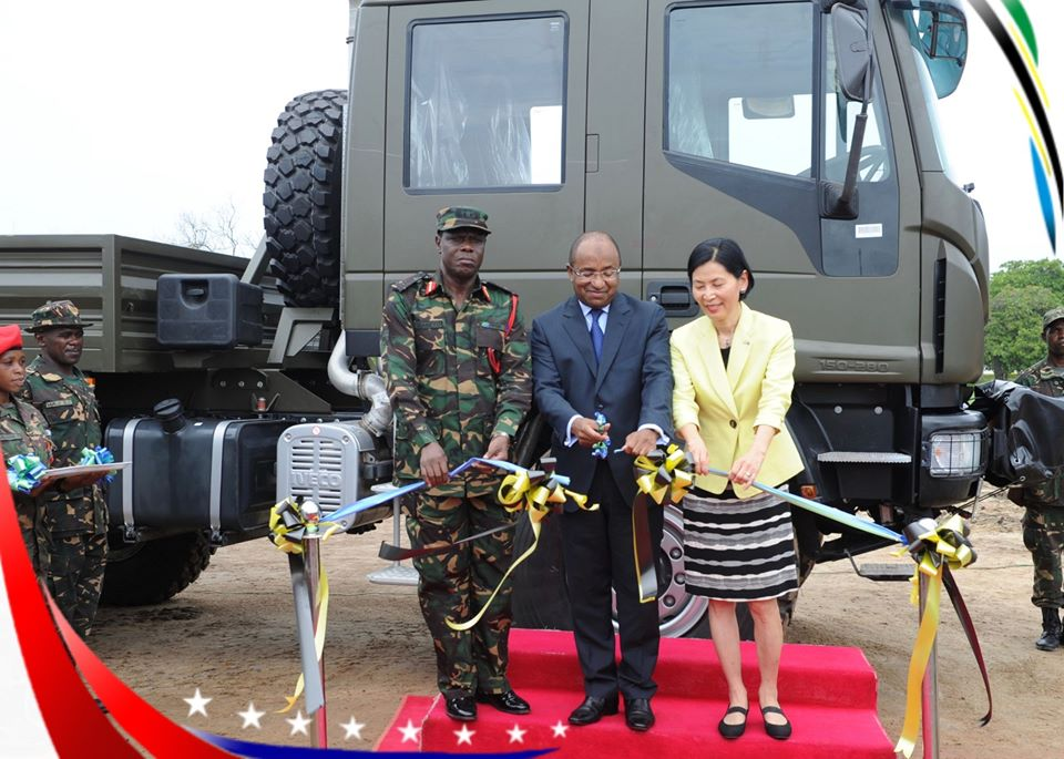 Armée tanzanienne / Tanzania Peoples' Defence Force ( TPDF ) - Page 2 _12f3189